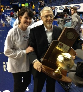 Scott Chalk and his wife Jennifer with the championship trophy.